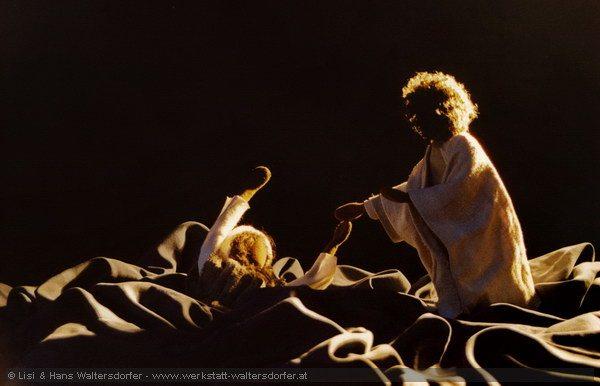 Biblische-Figuren_Petrus-und-Jesus-auf-dem-Wasser